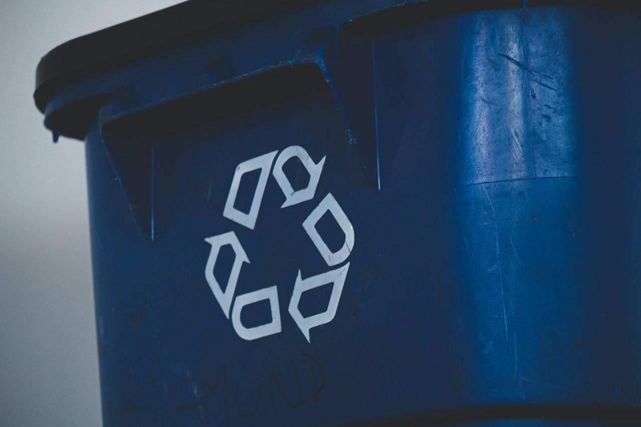 Blue-Recycling-Bin